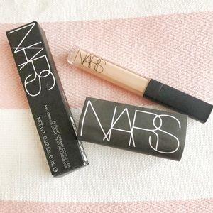NARS Radiant Creamy Concealer (Medium 2)